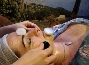 NOWOŚĆ! Witalizujący lito-masaż twarzy