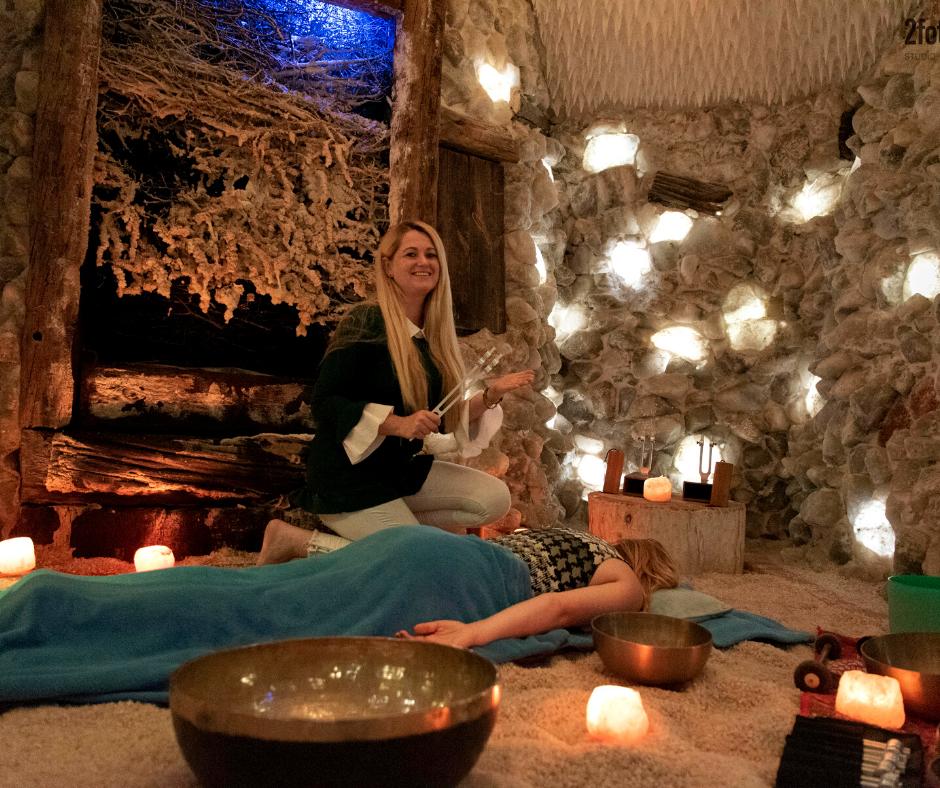 masaż dźwiękiem krakowska jaskinia solna