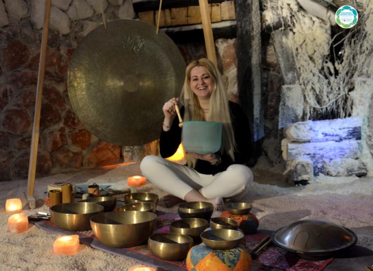 koncert mis gongów kamertonów krakowska jaskinia solna